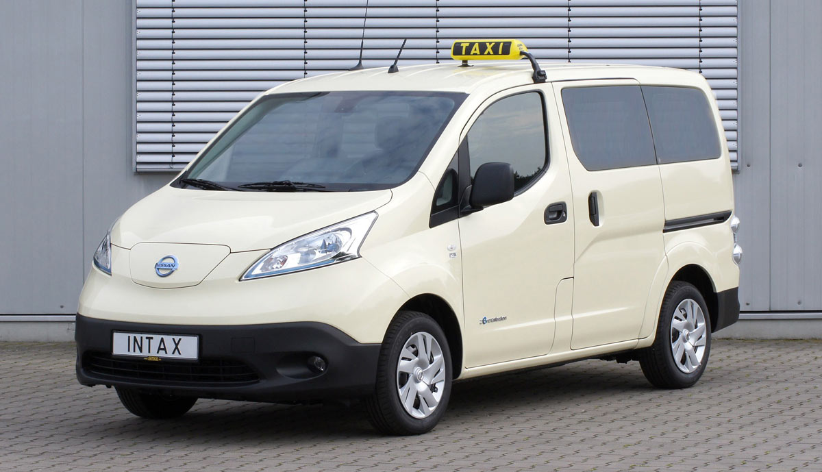elektro transporter nissan e nv200 mit taxi paket erh ltlich. Black Bedroom Furniture Sets. Home Design Ideas