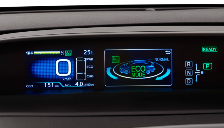 Toyota-Prius-2016—4