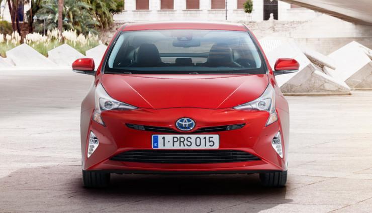 Toyota-Prius-2016—6