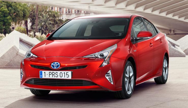 Toyota-Prius-2016—8