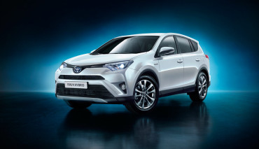 Toyota-RAV4-Hybrid5