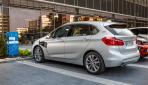 BMW-225xe-3