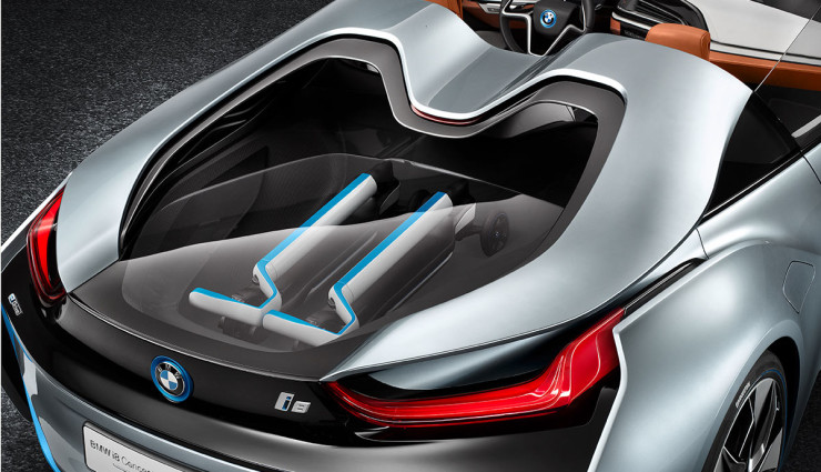 BMW i8 Spyder Plug-in-Hybrid-Sportwagen Serienversion13