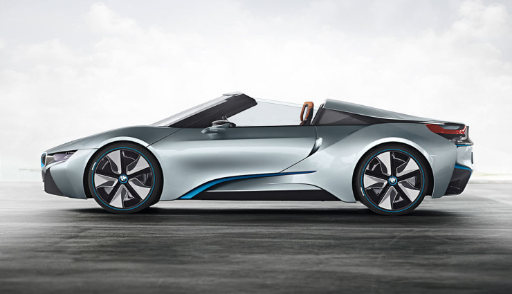 BMW i8 Spyder Plug-in-Hybrid-Sportwagen Serienversion17