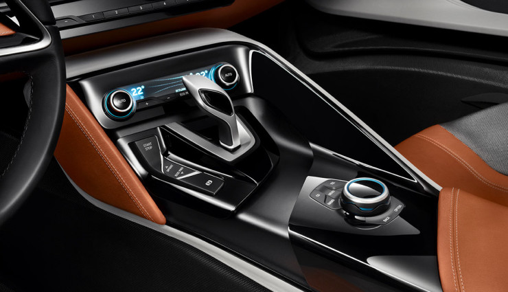 BMW i8 Spyder Plug-in-Hybrid-Sportwagen Serienversion4