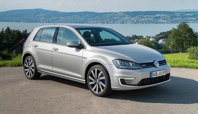 Europcar-VW-Golf-Passat-GTE-Plug-in-Hybrid