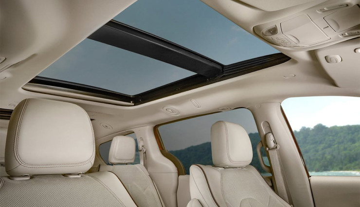 2017-Chrysler-Pacifica-plug-in-hybrid-EV4