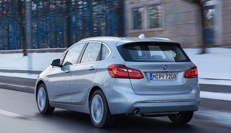BMW-225xe-Plug-in-Hybrid12