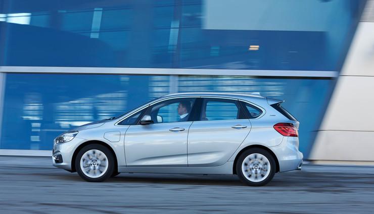 BMW-225xe-Plug-in-Hybrid5