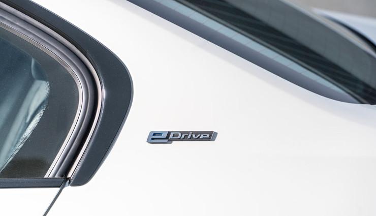 BMW-330e-Plug-in-Hybrid15