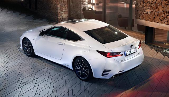 Lexus-RC-300h-Hybridauto-Sportwagen-2