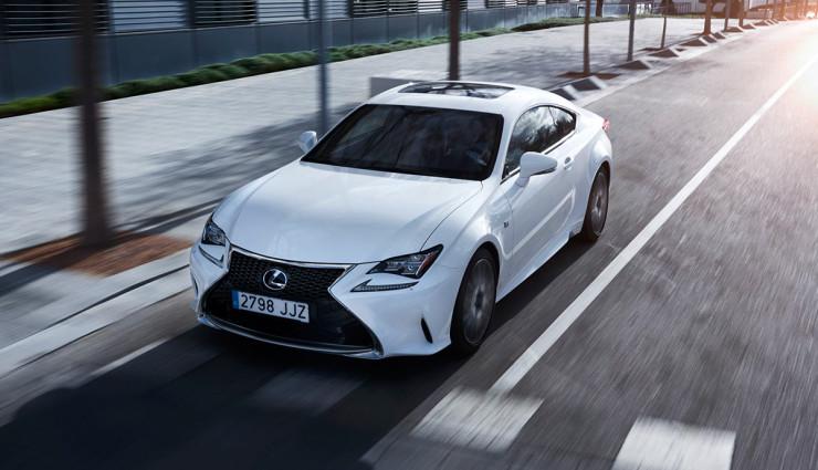 Lexus-RC-300h-Hybridauto-Sportwagen-4