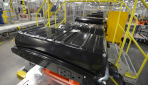Nissan-LEAF-Elektroauto-Batterie-Produktion10