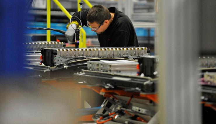 Nissan-LEAF-Elektroauto-Batterie-Produktion13