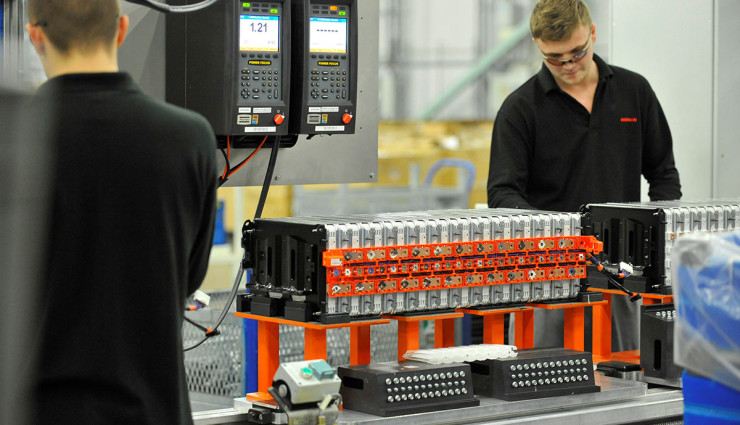 Nissan-LEAF-Elektroauto-Batterie-Produktion6