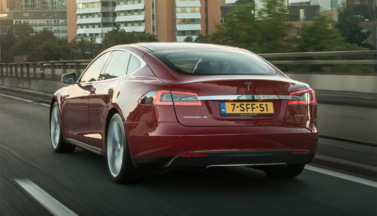 Tesla-Model-S-2012—2