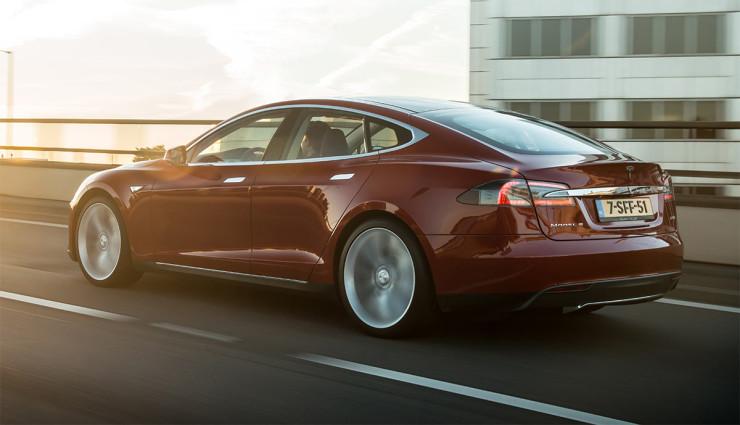 Tesla-Model-S-2012—3