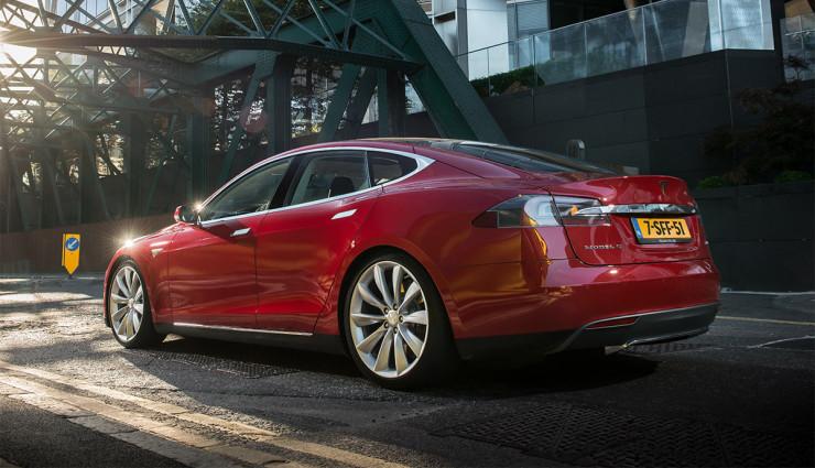 Tesla-Model-S-2012—4