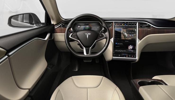 Tesla-Model-S-2012-Innen—2