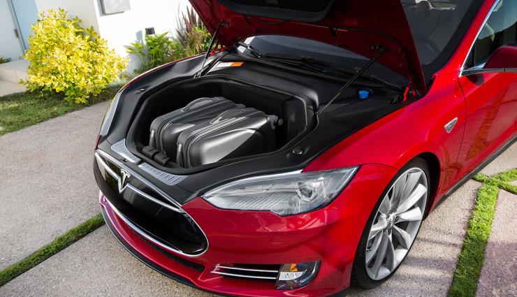 Tesla-Model-S-2012-Innen—5
