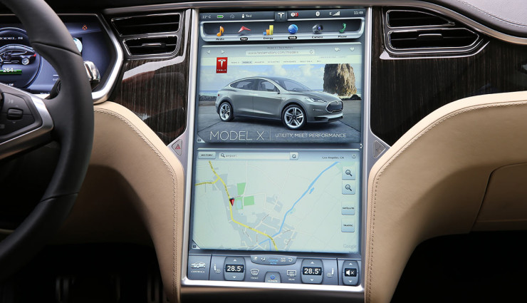 Tesla-Model-S-2012-Touchscreen