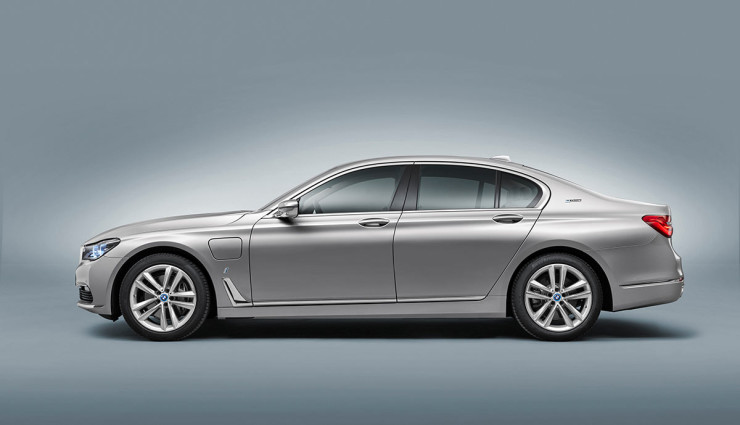 BMW iPerformance 740e Plug-in-Hybrid – 10