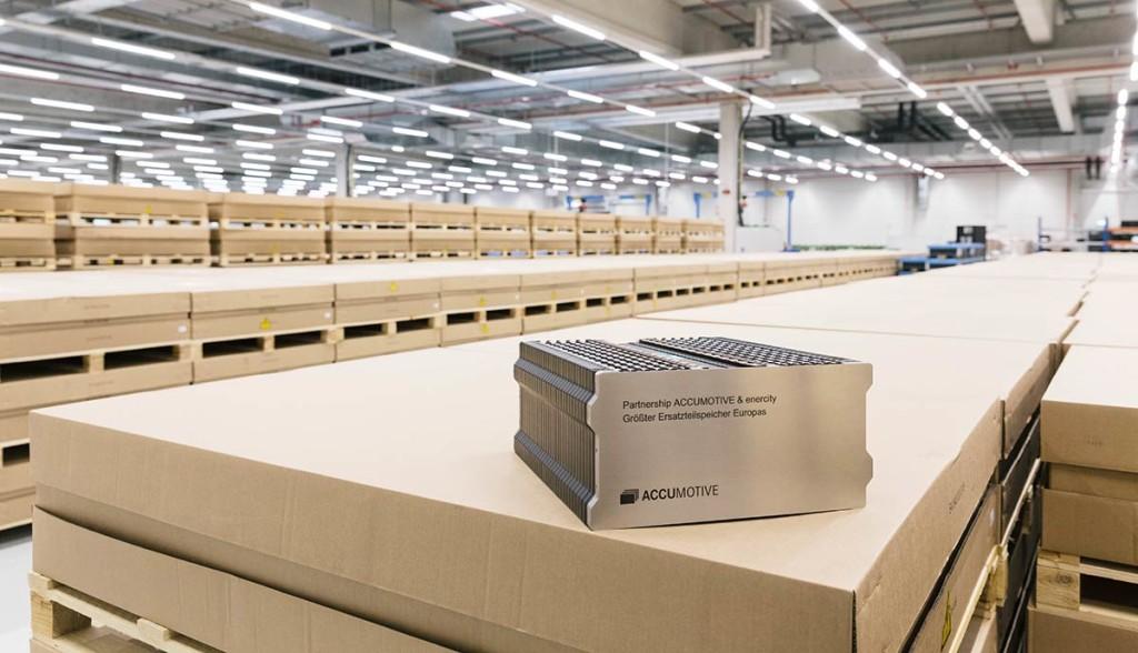 Daimler-und-Enercity-bauen-Energiespeicher-aus-Smart-Batterien