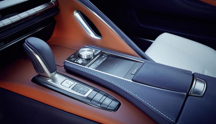 Lexus-Hybrid-LC-500h—10