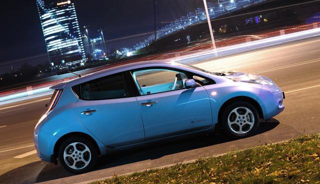 Nissan-LEAF-'aus-tausenden-Kilometern-Entfernung'-gehackt