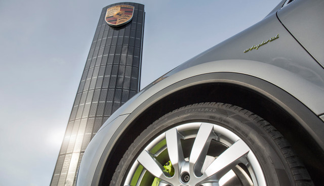 Porsche Photovoltaik-Pylon
