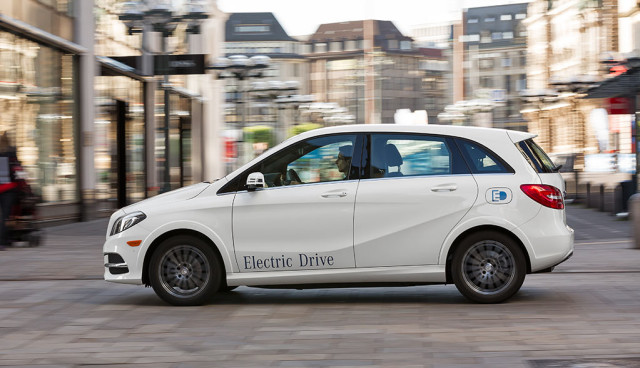 Schaufenster-Elektromobilitaet-Bilanz-2016