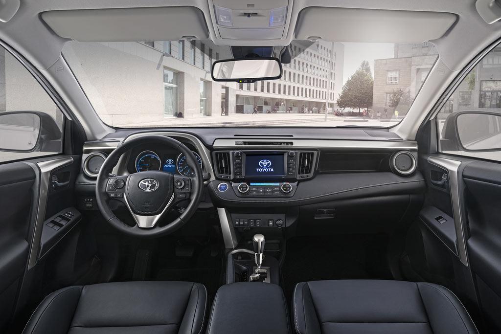 Toyota RAV4 Hybrid  ecomento.tv