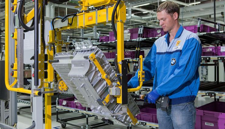BMW-Elektroauto-Batterie-Zellfertigung