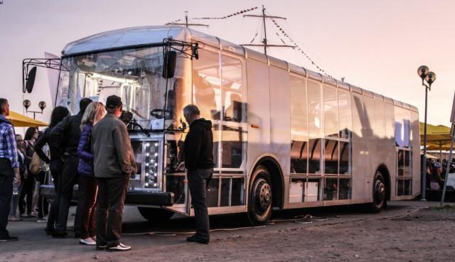 Dancer-Bus–Elektrisch-und-transparent-in-die-Zukunft