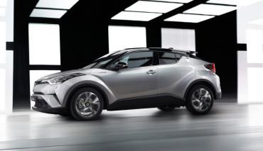 Toyota-zeigt-hybriden-Crossover-SUV-C-HR—9