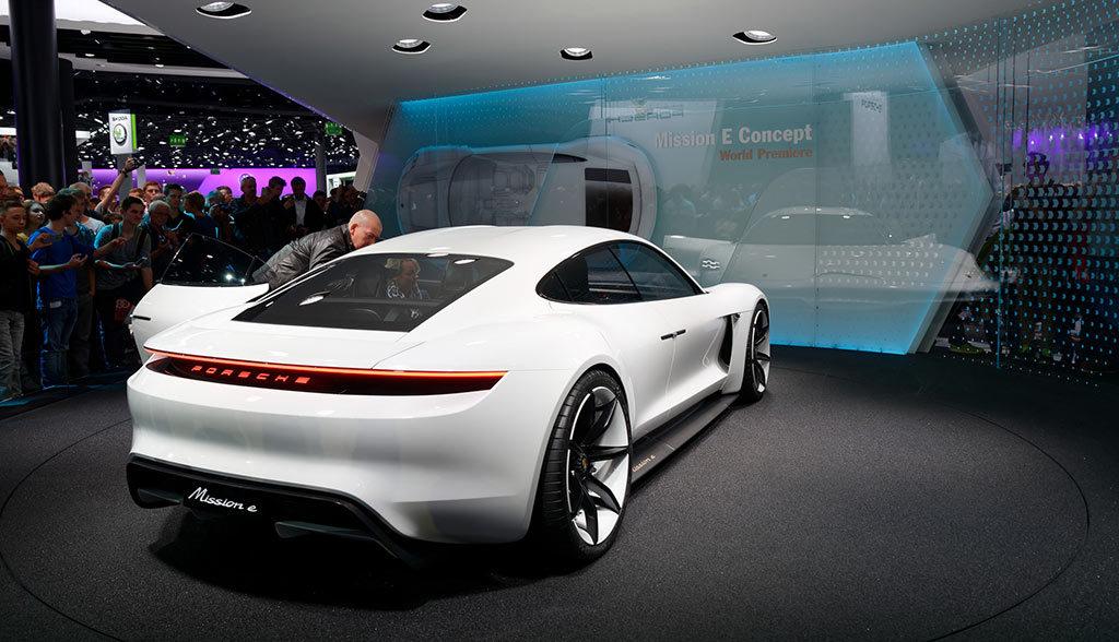 Deutsche Autobauer Bereiten Sich Auf Die Mobile Zukunft Vor