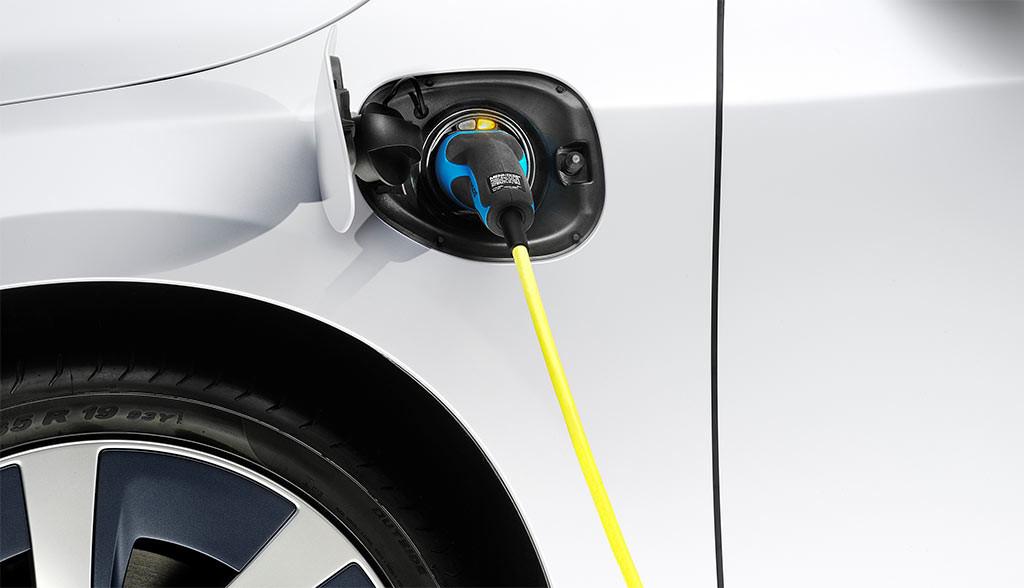 Elektroauto-Foerderung-April