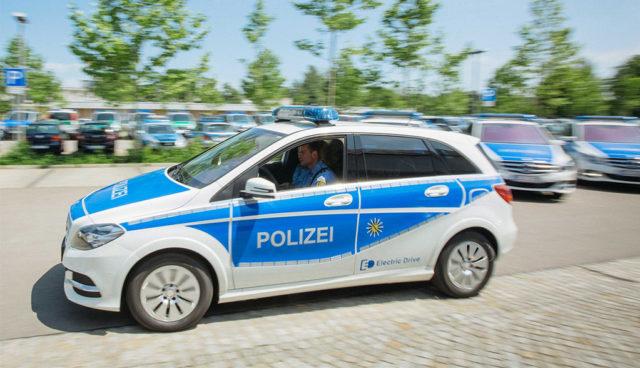 Elektroauto-B-Klasse-Polizei-Sachsen