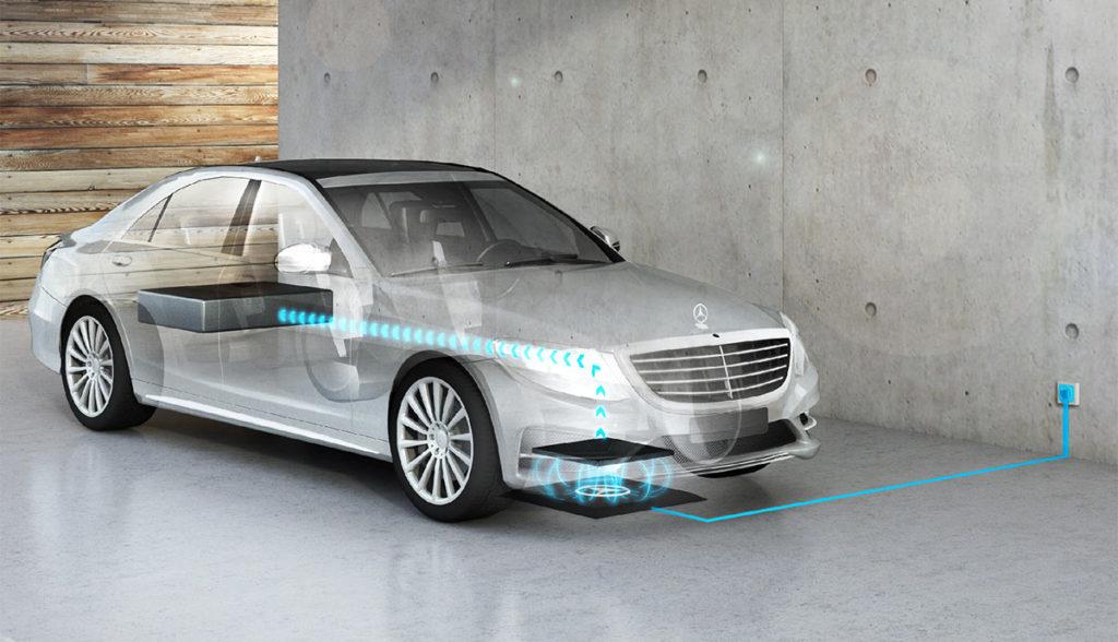 Elektroauto-kabellos-laden-Daimler
