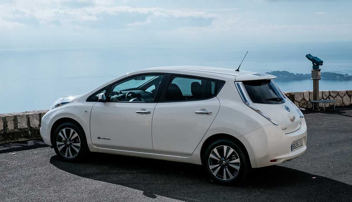 nissan leaf bald 500 km reichweite mit 60 kwh akku. Black Bedroom Furniture Sets. Home Design Ideas