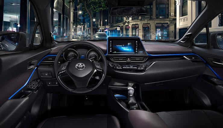 Toyota-Hybrid-SUV-C-HR10