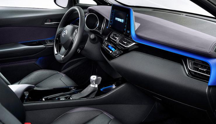 Toyota-Hybrid-SUV-C-HR6