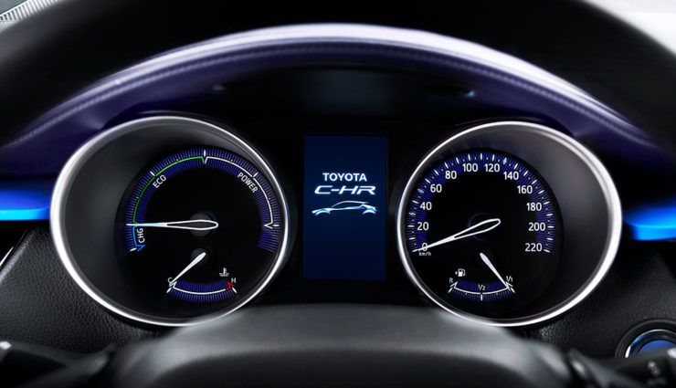 Toyota-Hybrid-SUV-C-HR7