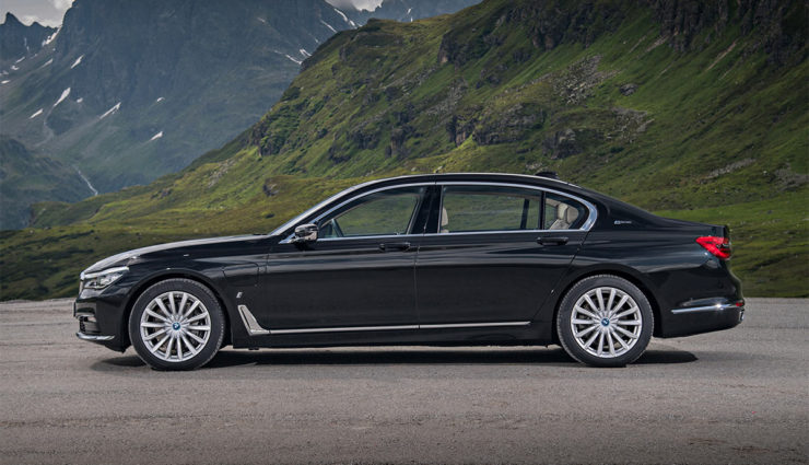 BMW-740e-iPerformance1