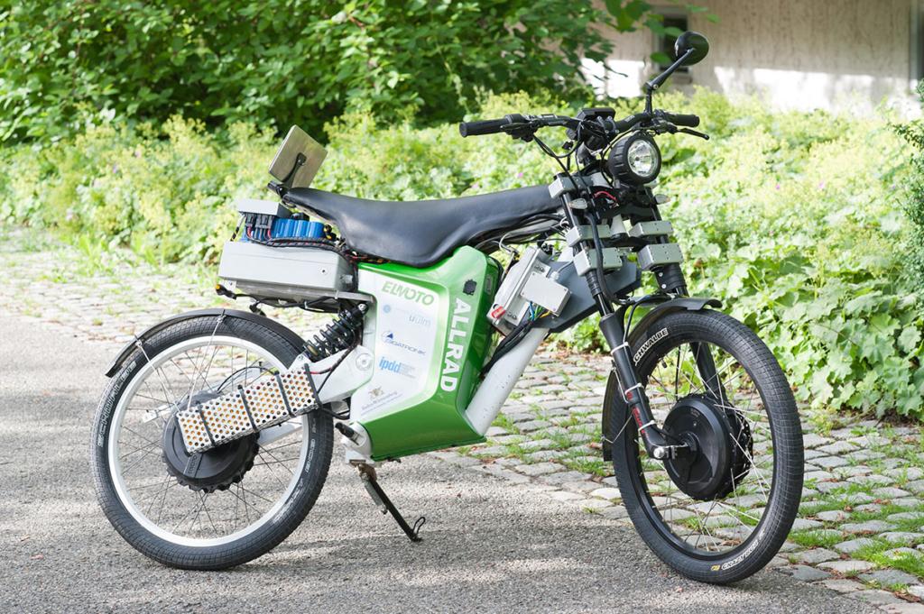 Elektromotorrad-Allradantrieb2