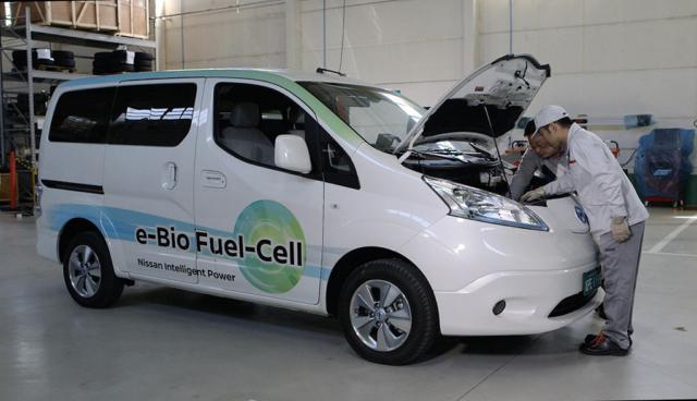 Nissan-Nutzfahrzeug-mit-Bioethanol-Brennstoffzellen1