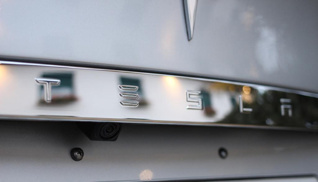Tesla-Minibus