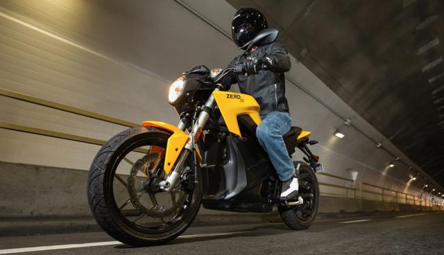 Zero bietet seine Elektromotorräder zur Miete an