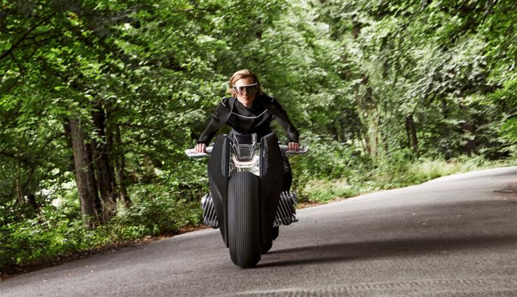 bmw-motorrad-vision-next-1004