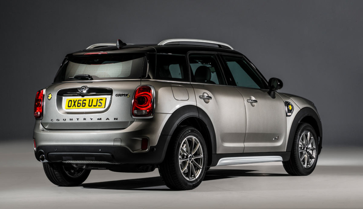 mini-cooper-s-e-countryman-all4-plug-in-hybrid11